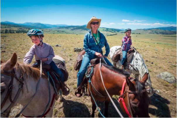 The Best Horseback Riding in Yellowstone