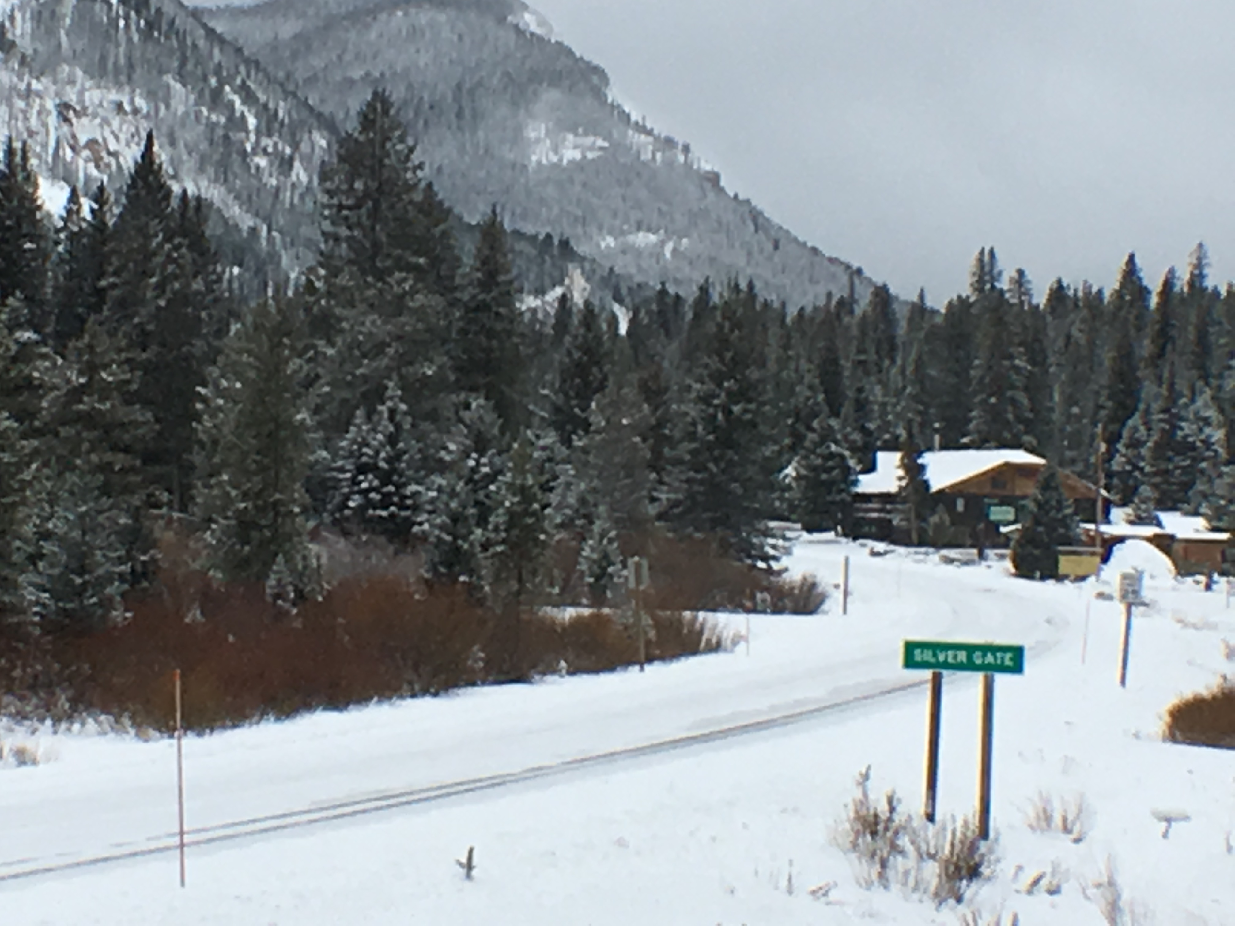 Entrance to Silver Gate and cabins near yellowstone
