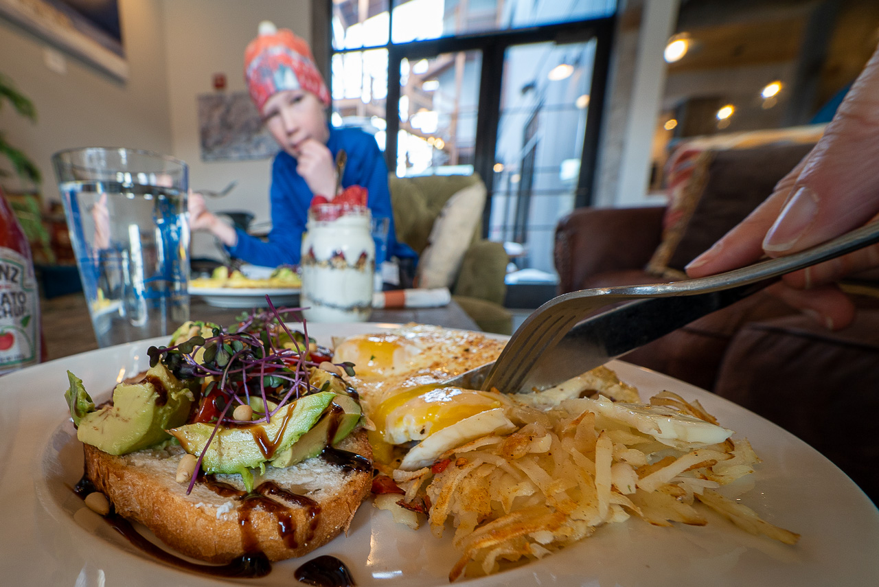 best restaurants in Gardiner, Wonderland Cafe